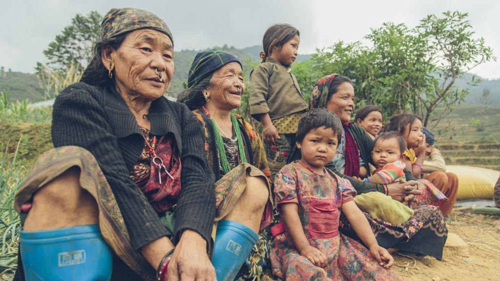 Pokhari women and kids | Nepal Earthquake
