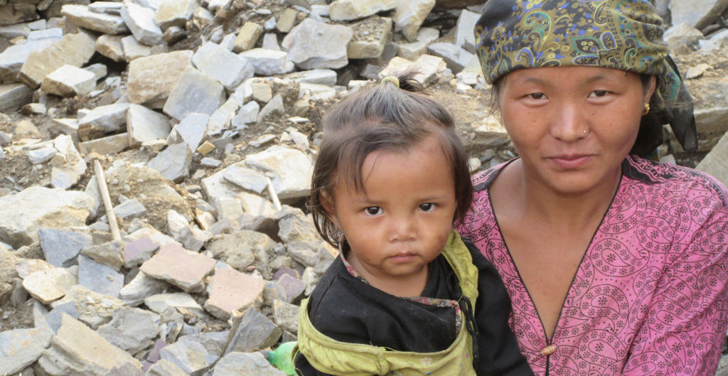 Keura woman and daughter   Nepal Earthquake