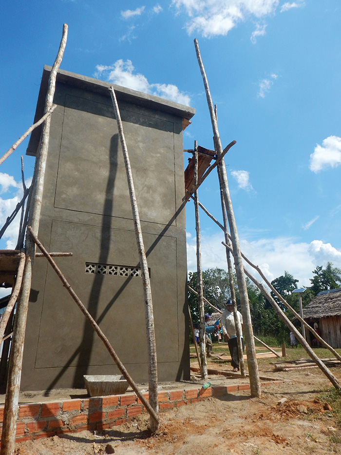 A Water Mission safe water project in Peru is being constructed.