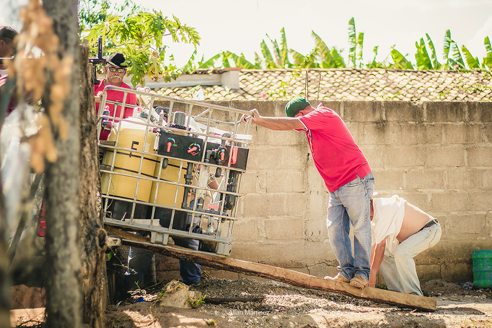 A Water Mission safe water treatment system is installed in Honduras.